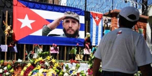 Un Año De Cárcel Por No Ver El Funeral De Fidel Castro En Televisión