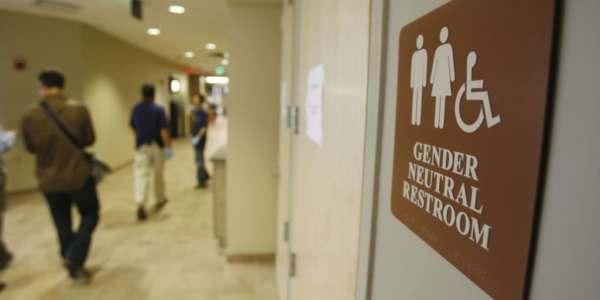 Corte Suprema Desecha Caso Sobre Baño Para Estudiante Transgénero