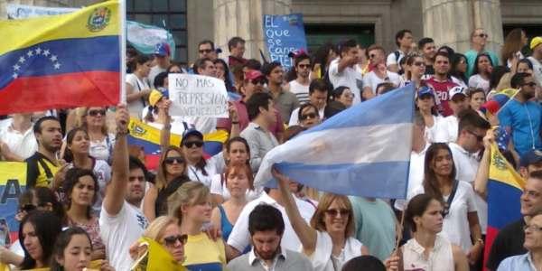 Tres Principales Razones Por Las Que 11 Mil Venezolanos Se Mudaron A Argentina En 2016