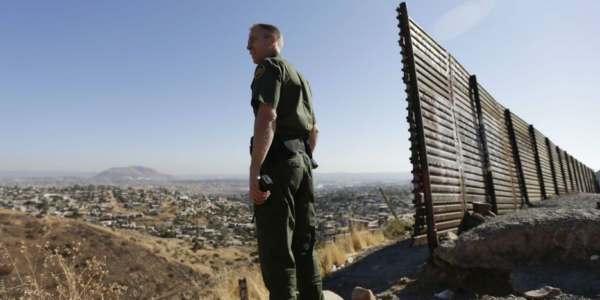 """Muro De Trump Será Difícil De Escalar Y """"estéticamente Agradable"""" Del Lado Estadounidense."""