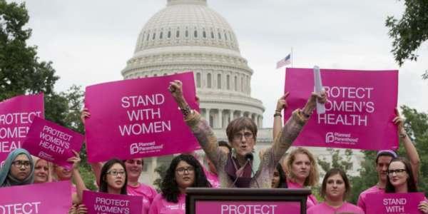 Trump Mantendrá Fondos Federales A Planned Parenthood Si Deja De Practicar Abortos.