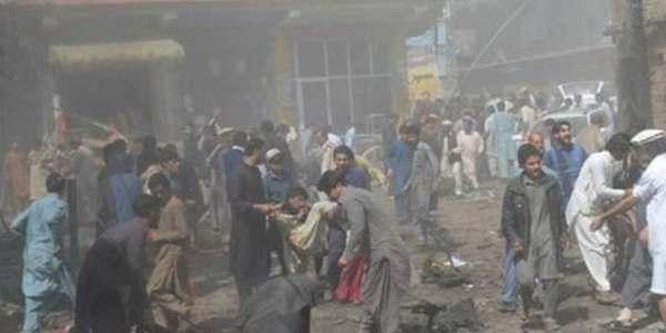 Al Menos 11 Muertos Y 100 Heridos En Un Atentado Con Un Coche Bomba En Una Mezquita Chií Para Mujeres En Pakistán