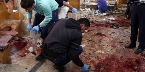 Doble Atentado Del Estado Islámico Contra Iglesias Cristianas En Egipto: Al Menos 43 Muertos Y 118 Heridos