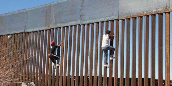 Crisis Migratoria: Descubren Restos Humanos En La Frontera EEUU-México.