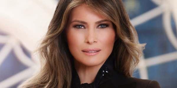 Difundieron El Retrato Oficial De Melania Trump Como Primera Dama De Los EEUU.