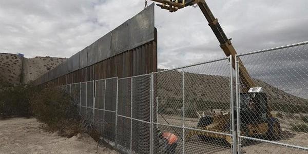 Estados Unidos Elige A Los Finalistas Para Diseñar El Muro Fronterizo Que Quiere Trump.
