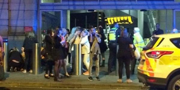 Ataque Terrorista En El Estadio De Manchester, Inglaterra.
