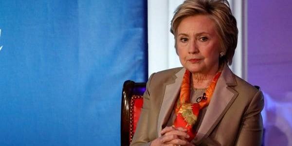 Otra Excusa De Hillary Clinton.