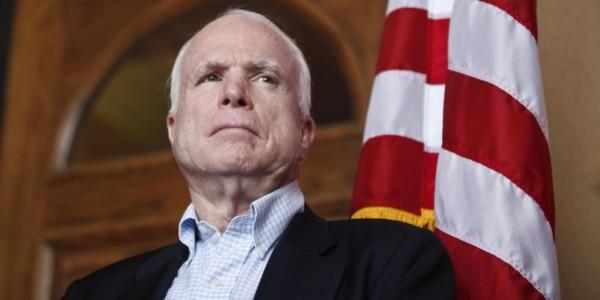 Diagnostican Agresivo Tumor Cerebral A Senador John McCain.