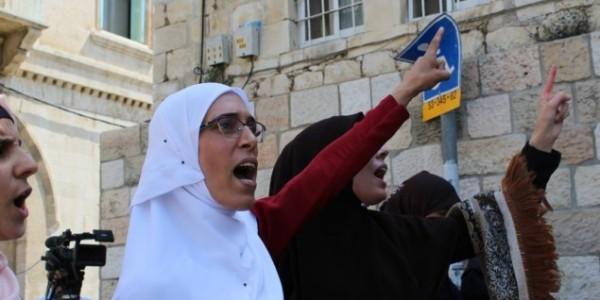 Los Musulmanes Continúan El Boicot Al Monte Del Templo Aún Cuando Los Detectores Fueron Removidos.