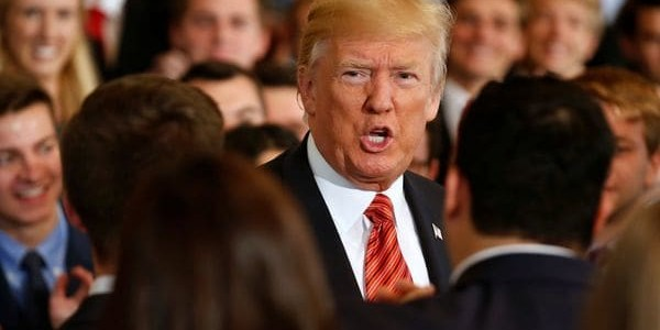 """La Casa Blanca Aclaró Que La Condena De Donald Trump A La Violencia En Charlottesville """"incluye A Supremacistas Blancos"""""""