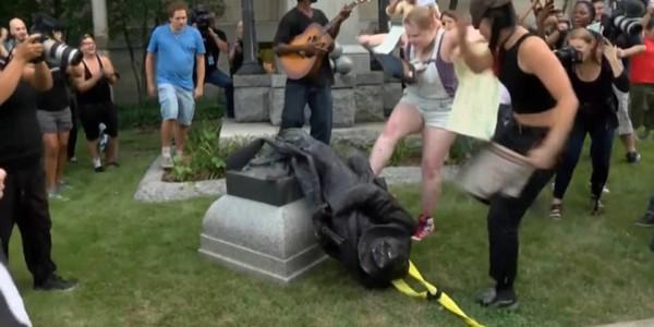 La Izquierda De EE.UU. Declara Guerra Selectiva A Las Estatuas Y Monumentos.