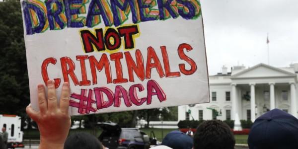 Trump Pondrá Fin Al DACA Con Demora De Seis Meses.