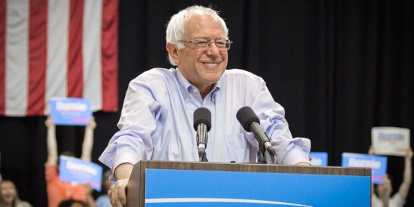 Libro De Hillary Clinton Sobre Las Elecciones Reabre Polémica Con Bernie Sanders.