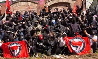 Antifa, Los Tontos útiles Del Establishment.