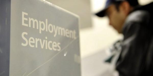 EEUU: Mejora La Economía Y Disminuye La Dependencia Del Gobierno.