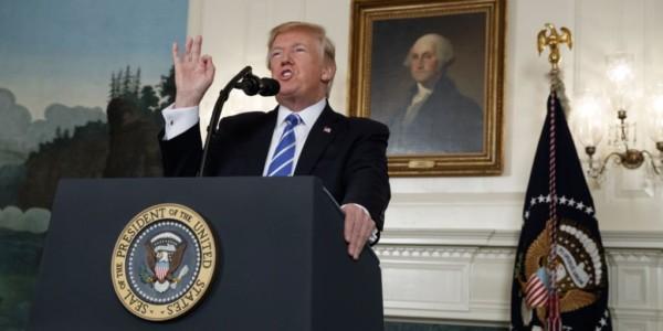 """Trump: """"EE.UU. Está Resurgiendo Y El Futuro Nunca Ha Sido Más Brillante"""""""