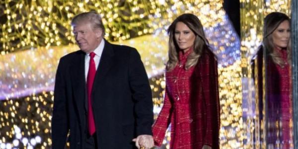 Trump Y Primera Dama Presiden Iluminación Del Árbol De Navidad Nacional.