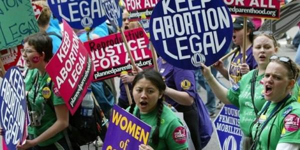 """ACLU: """"La Salud Incluye La Decisión De Tener Un Aborto"""". Corte De Florida Bloquea Ley De Aborto."""