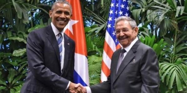 Raúl Castro Envió Regalos Valorizados En 5 Mil Dólares A La Familia Obama.