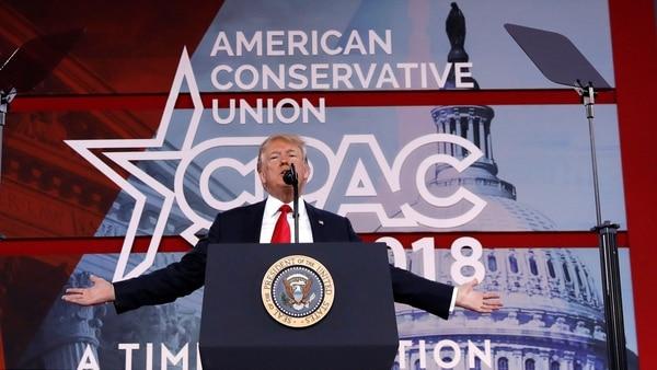 Control De Armas, El Muro Con México, Fake News Y Una Poesía: El Discurso De Donald Trump Ante La Conferencia De Acción Política Conservadora.