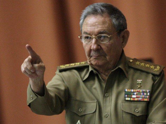 Cuba Da Pistas Sobre El Sucesor De Castro En Relevo No Exento De Incógnitas.