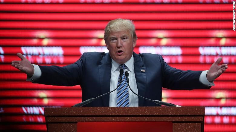 """Trump Planta Cara A La Pandemia Migratoria: """"El Muro Fronterizo Es La Primera Y última Defensa De EEUU Para Proteger Su Territorio"""""""