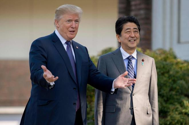 Donald Trump Y Shinzo Abe Vuelven A Reunirse Ante El Futuro Encuentro Entre EEUU Y Corea Del Norte.