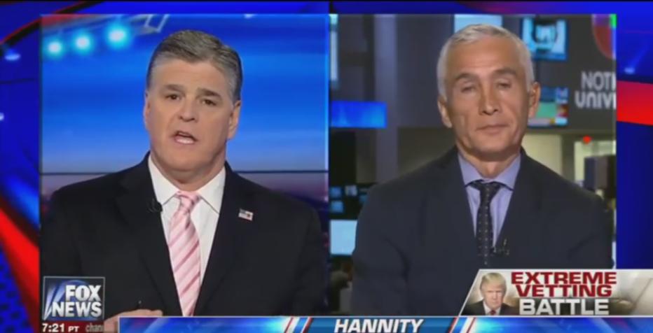 Sean Hannity Cuestiona A Jorge Ramos Sobre Política Migratoria.