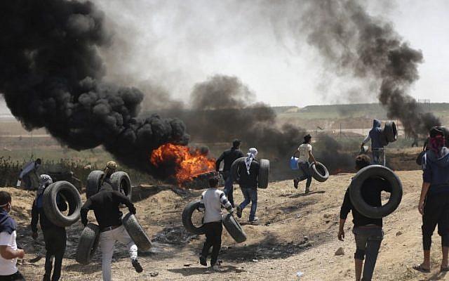 Nuevas Protestas: FDI Usa Gas Lacrimógeno Y Fuego Real Mientras Miles Protestan En La Frontera De Gaza.