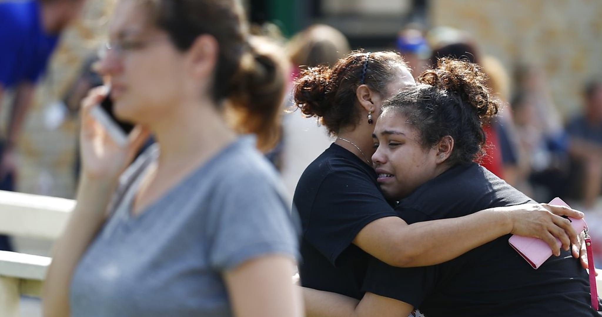 ÚLTIMA HORA: Identifican A Sospechoso Capturado Tras Masacre En Escuela De Texas; Hay Otro En Custodia.
