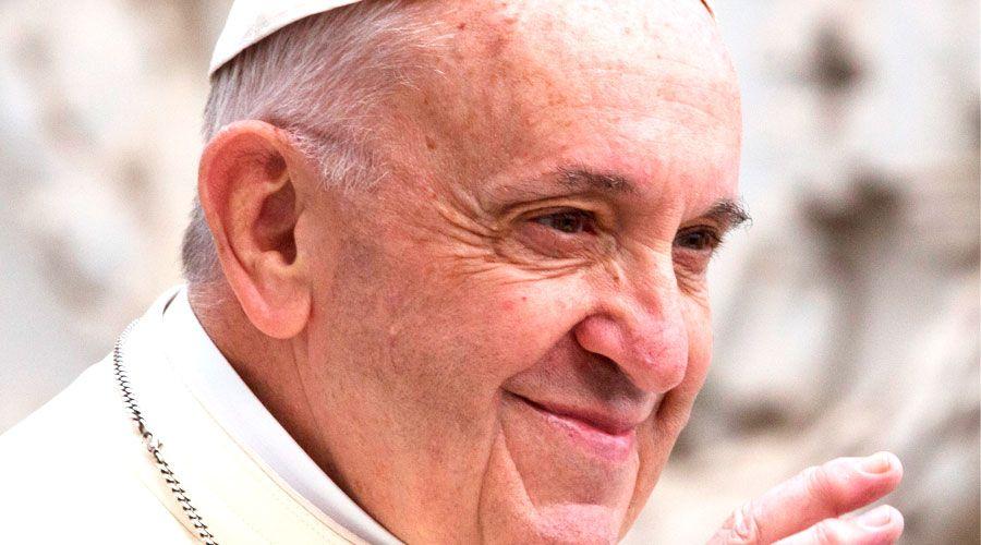 El Papa Francisco Continúa Defendiendo La Inmigración Ilegal.