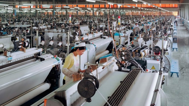 EEUU Pone En Vigor Aranceles A Productos Chinos Por $34.000 Millones.