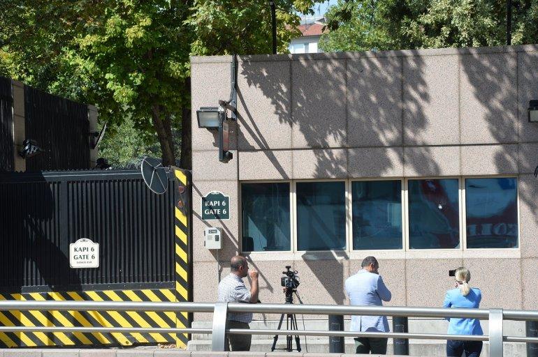Atacan A Tiros A La Embajada De EEUU En Turquía, Sin Víctimas.