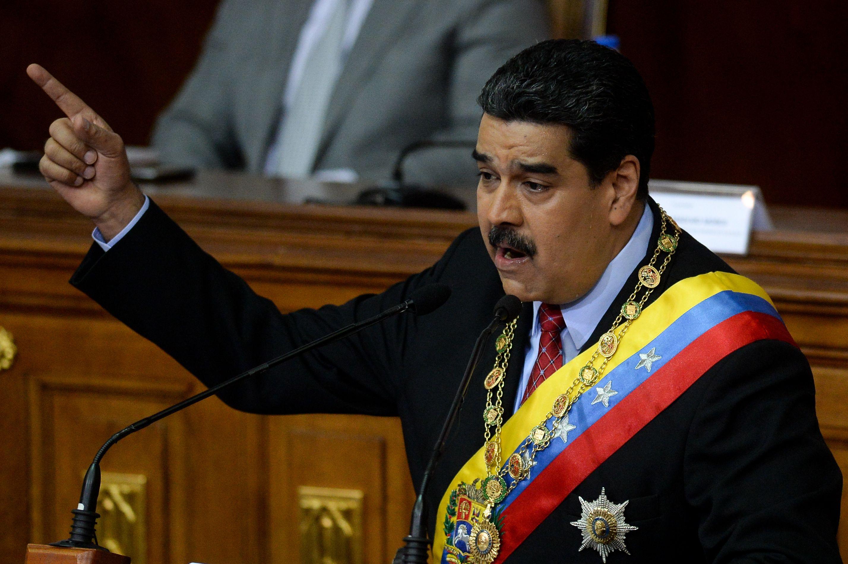 Intento De Asesinato De Nicolás Maduro, Presidente De Venezuela, Con Drones Cargados De Explosivos