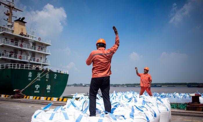 EE.UU. Debería Utilizar Los Derechos Humanos Para Ganar La Guerra Comercial Con China, Afirma Un Experto.