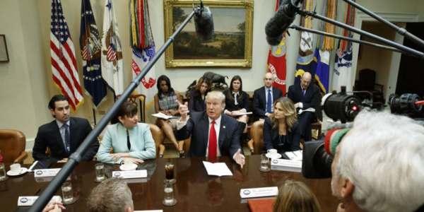 Trump Firma Orden Ejecutiva Para Ayudar A Pequeños Negocios