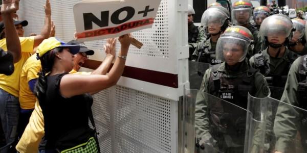 VENEZUELA: Maduro Rechaza Advertencia De EE.UU. Y Activa Plan Contra Marcha