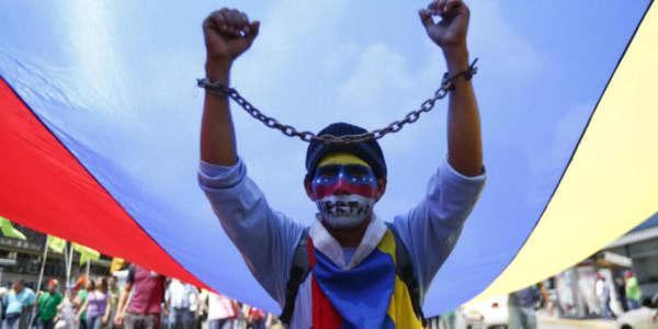 Es Hora De Avanzar Contra La Dictadura Venezolana.
