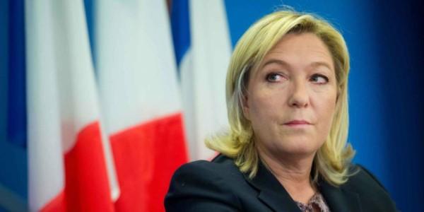 Le Pen Pide Que Todos Los Sospechosos De Terroristas Sean Expulsados De Francia.