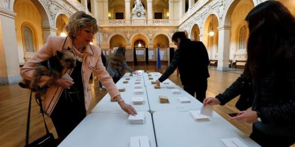 Los Franceses Votan En Las Elecciones Más Convulsas De Los últimos Tiempos.