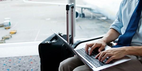 EE.UU. Dispuesto A Prohibir Uso De Computadoras Portátiles En Todos Los Vuelos Por Amenaza Terrorista.