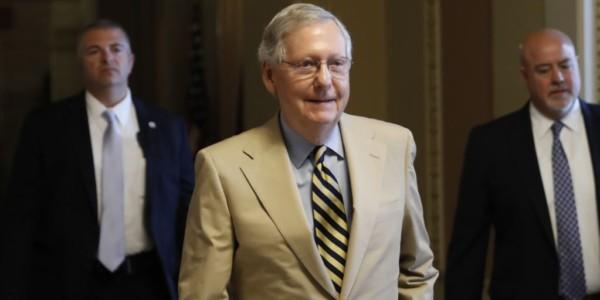 McConnell Pospone Voto Sobre Reemplazo De Obamacare.