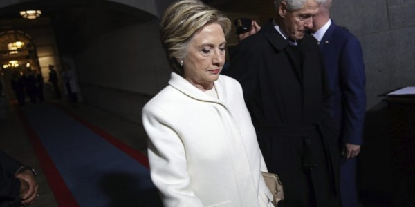 Embajador Ruso También Se Reunió Con Asesores De Campaña De Clinton.