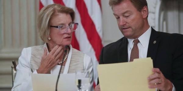 Senado De EEUU Rechaza Segundo Proyecto De Derogación De La Ley De Salud.