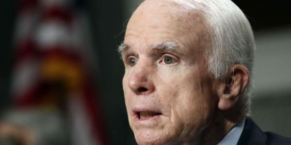 Postergan Votación Sobre Ley De Salud Por Ausencia De McCain.