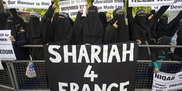 Francia Lidera La Islamización En Europa Y Ya Cuenta Con 750 Zonas 'no-go' En Francia.