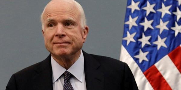 EE.UU.: La Salud De Millones Estuvo En Las Manos De John McCain… Lamentablemente.