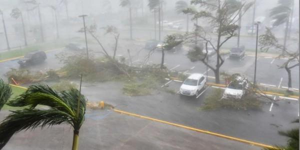 El Huracán María Tocó Tierra En Puerto Rico: Las Primeras Imágenes De Los Fuertes Vientos En La Isla.