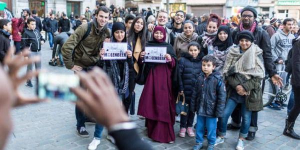 Ocho Falsedades Sobre La Inmigración E Islamización Que Las élites Nos Venden Como Ciertas.